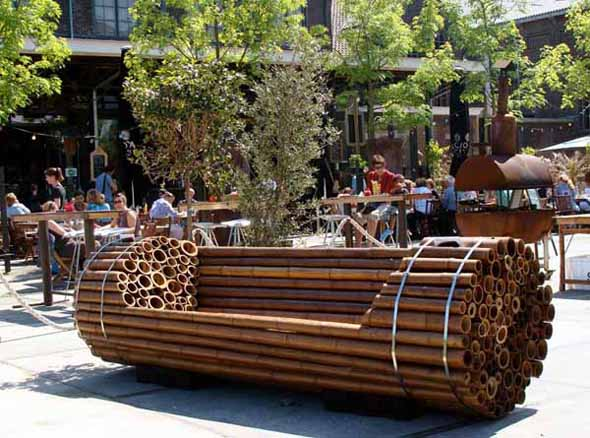 Funky bamboo furniture zululand for Cool outdoor furniture ideas